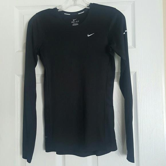Nike womens long sleeve dri fit running top XS